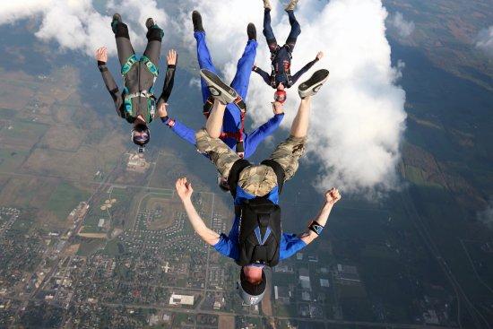 Baldwin, WI: Licensed Skydivers Flying Headdown