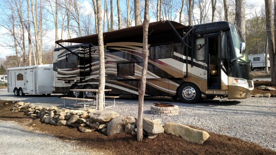 Cosby, TN: We can handle the big rigs.  Plenty of room for Camper and trailer