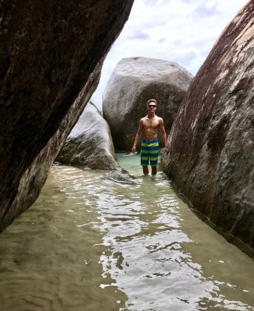 Frenchman's Cay: Caves and Baths in Virgin Gourda