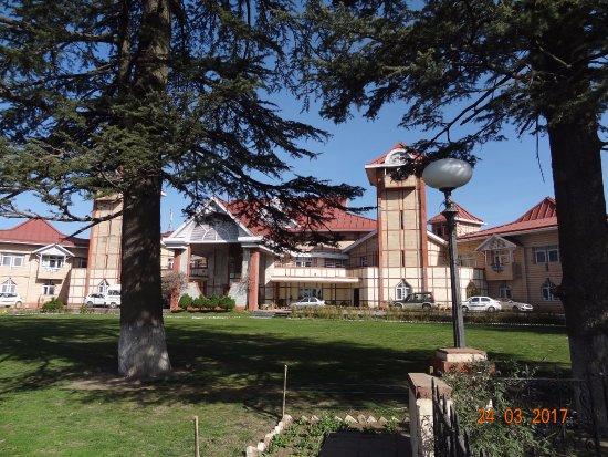 Hotel Peterhoff Shimla