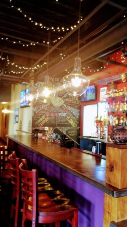 Carrburritos: Full bar inside
