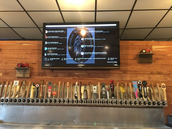 Macclenny, FL: Look at all the taps!