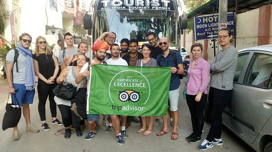 Hotel Moon Light Palace: TripAdvisor Flag Pics with our Guest