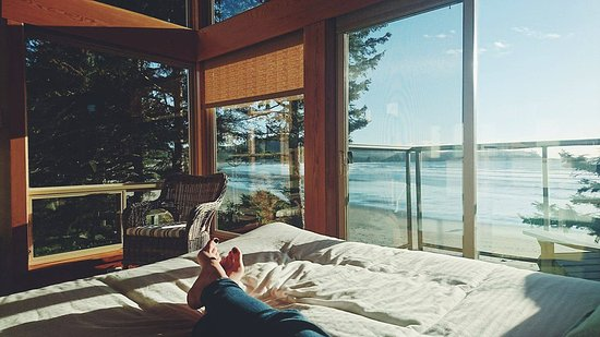 Pacific Sands Beach Resort: Beach House view.