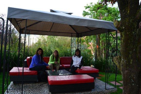 Tika Wasi Casa Boutique: Jardín interior