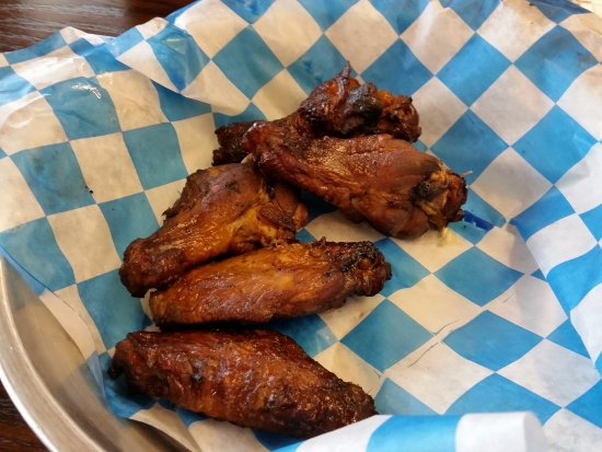 Slick Pig Bar-b-q: Wings!!