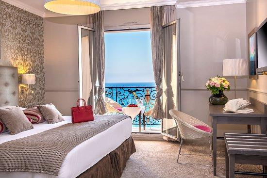 Photo of Hotel Le Royal Nice