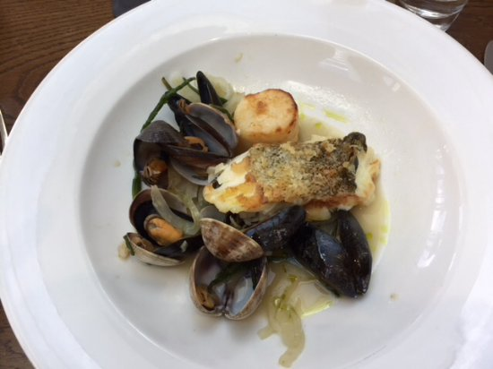 Penarth, UK: Roast Cod with Mussels/Clams