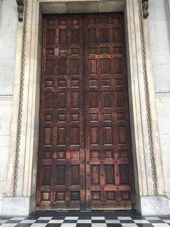Wooden doors of St. Paulu0027s Cathedral & Wooden doors of St. Paulu0027s Cathedral - Picture of St. Paulu0027s ... pezcame.com