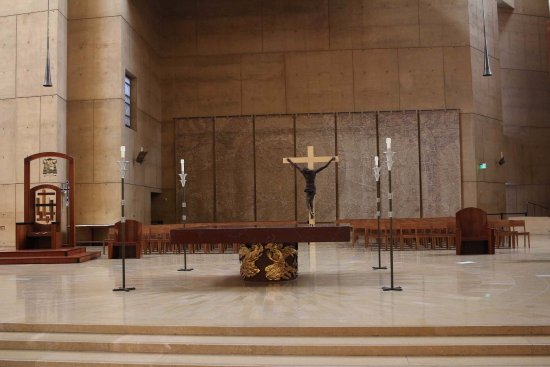 Cathedral of Our Lady of the Angels : Altar