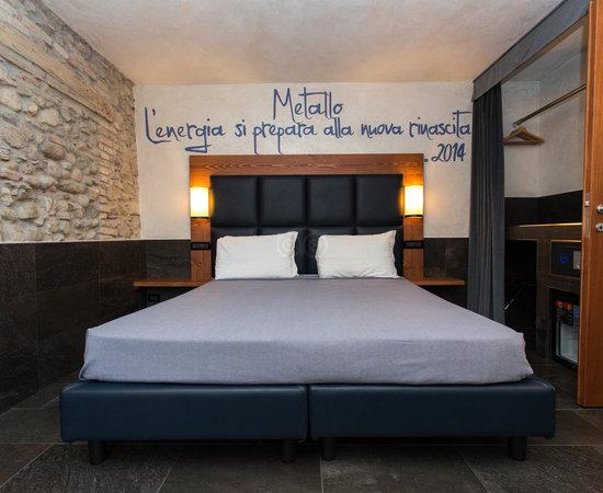 B&B 7 Vizi, Hotels in Lazise
