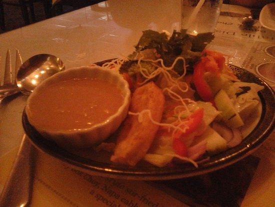 Mechanicsburg, PA: Divine peanut dressing on their house salad!