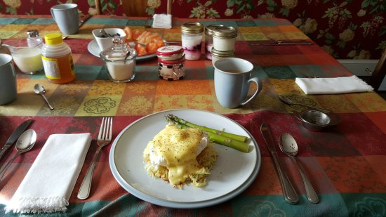 Trinity, Canadá: The best eggs benedict on a potato cake
