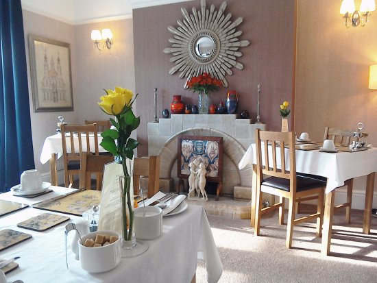 South Lodge Guest House: Breakfast Room