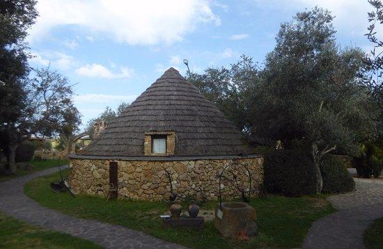Azienda Agrituristica Sa Mandra : Pinnetto-Gastraum von außen