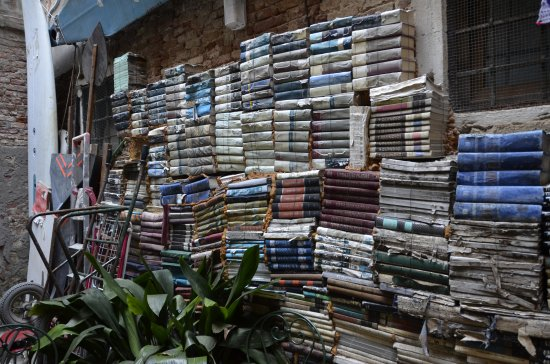 libreria Acqua alta: Librería Acqua Alta