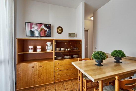 camera matrimoniale appartamenti con letto a castello (per 4 ...