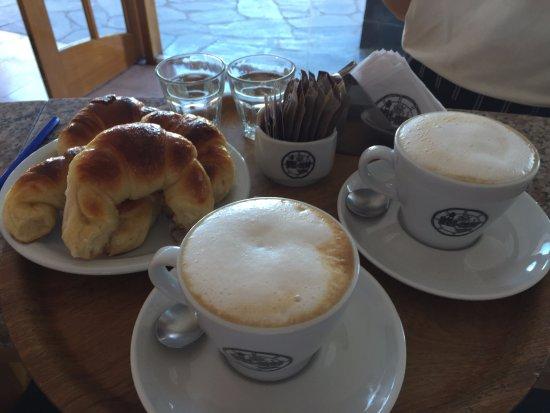 Claromeco, Argentina: Desayunos con Amorrrrr!!!