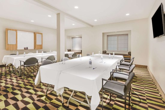 Beaver Falls, PA: Host your next party or reunion in our hospitality room