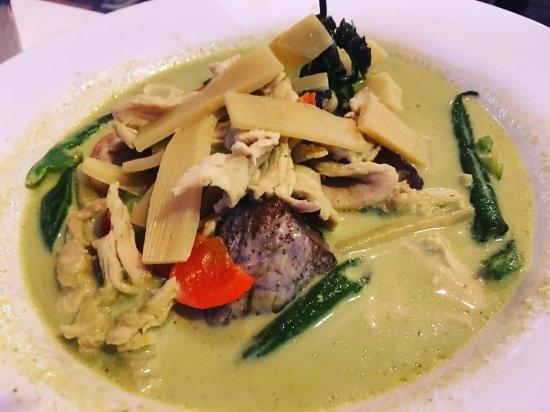 Thai Patio: Green Curry