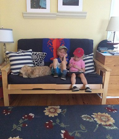 Ripples Inn at the Harbor: Room for KIDS too (and the occasional pet)