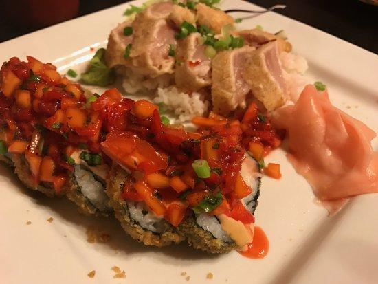 Skeeter Jacks: Happy Tuna Roll + Tuna Tetaki