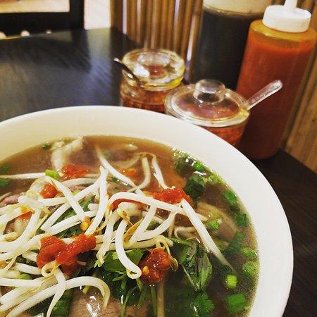 Saigon Kitchen : Rare beef and brisket pho.