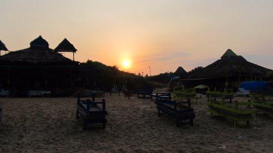 Sinquerim, India: Sunrise.