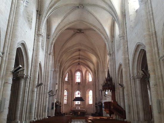 Meung-sur-Loire, France: Collegiale - inside