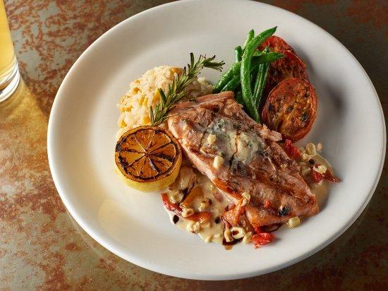 Lakeside Inn and Casino: Fresh Salmon