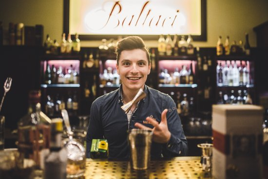 Zlin, Tschechien: Barman