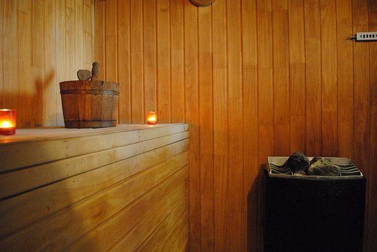 Regal Pacific Hotel: Sauna
