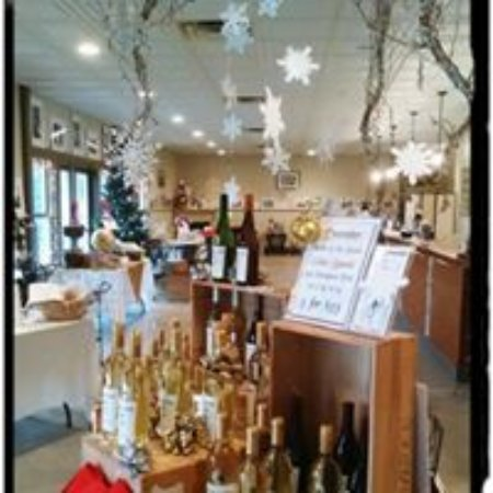 Lake Leelanau, MI: Decorated for the holidays