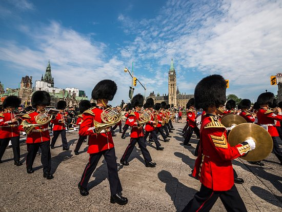 Changing of the Guard - Ottawa Tourism
