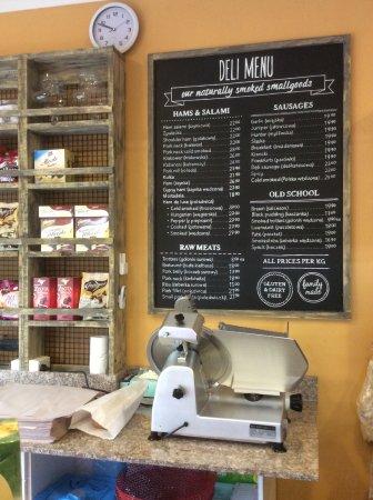 Mittagong, Austrália: The deli menu