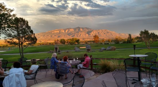 Santa Ana Pueblo, NM: Have drinks or dinner on our beautiful patio.