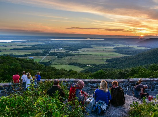 Ottawa, Canada: Champlain Lookout in the Gatineau Park - James Peltzer
