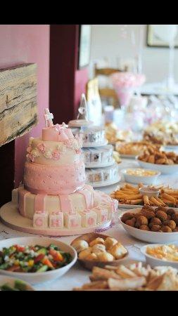 Brighstone, UK: Cake!