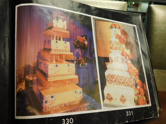 Glendale, CA: more wedding cakes -- we did not get my dtr's there -- do not do the kind of work she wanted