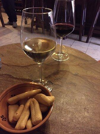 Photo of Italian Restaurant Il Goccetto at Via Dei Banchi Vecchi 14, Rome 00186, Italy