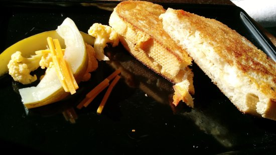 Boonville, CA: Grilled cheese sandwich with nice pickes on the side ($10)