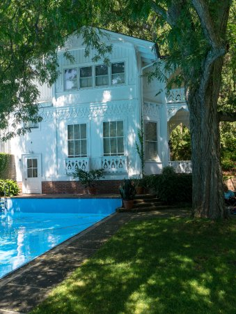 Marsh - Billings - Rockefeller National Historical Park : Poolhouse -