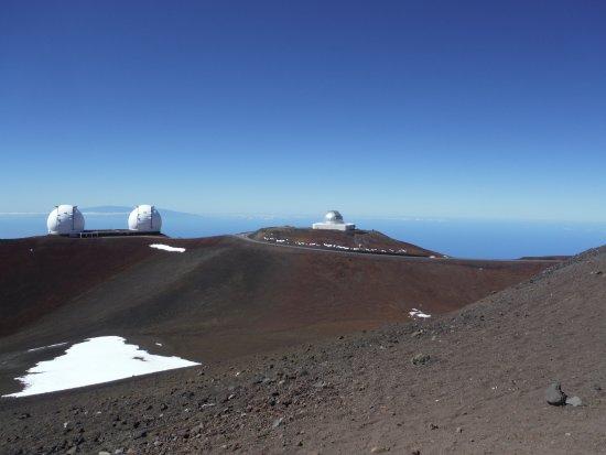 Mauna Kea Summit: North to Subaru telescope - I think