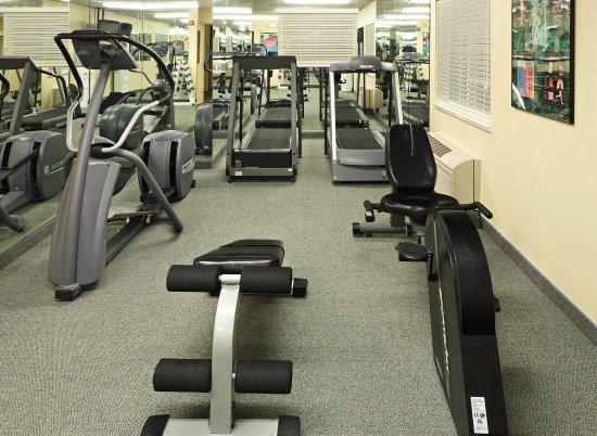Rogers, AR: Fitness Center