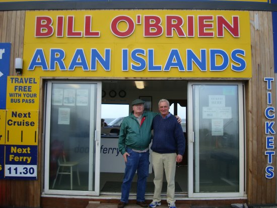 Doolin, ไอร์แลนด์: himself and me cousin Bill the proprietor of the first and best ferry service to the Aran Island