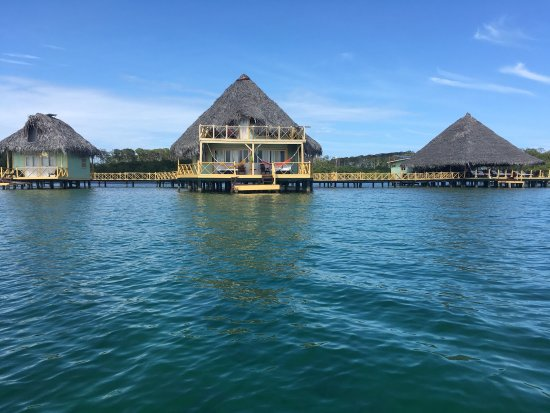 Pueblo de Bocas, Panamá: Our journey on a 2 night stay in Bocas del toro.  Colourful, peaceful, cultural and invigorating