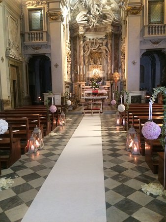 Montevarchi, Italy: Navata centrale