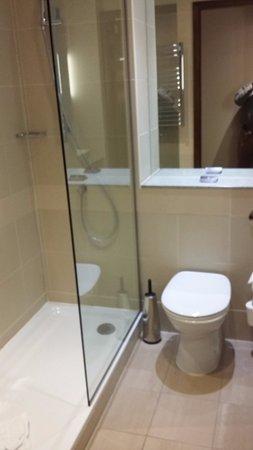 Casa Hotel : Good shower