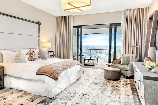 Tucker's Town, Bermuda: King suite