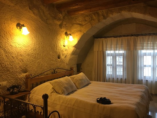 Mithra Cave Hotel: photo2.jpg